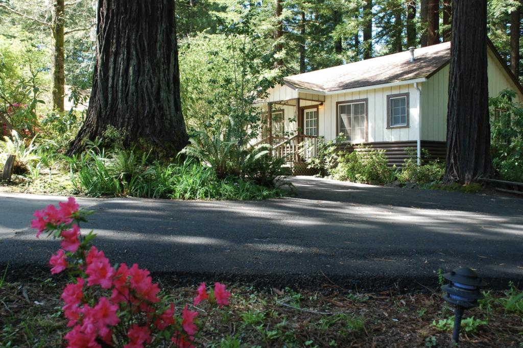 A cabin at Miranda Gardens Resort.