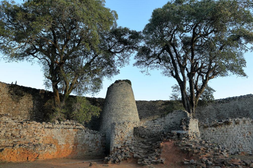 A close-up of Great Zimbabwe Ruins.