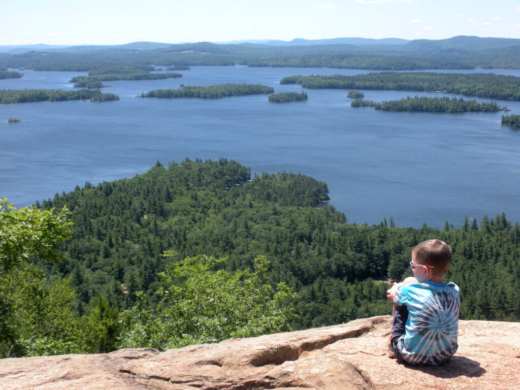 A lookout point on Mount Major.