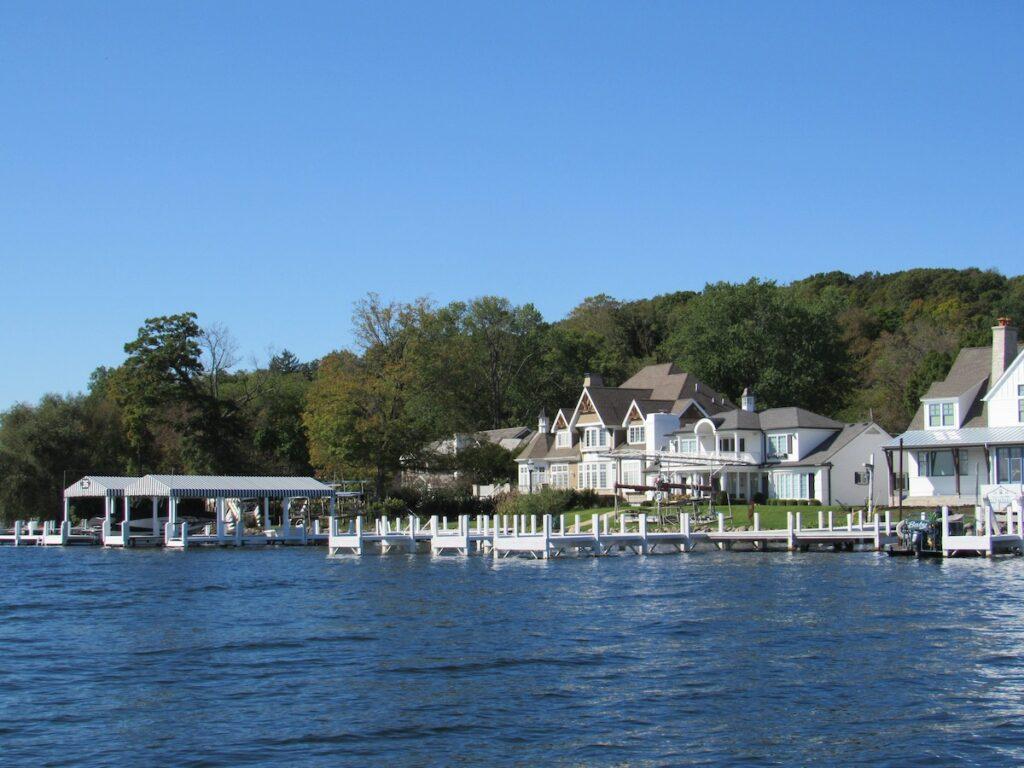 A mansion tour in Lake Geneva.