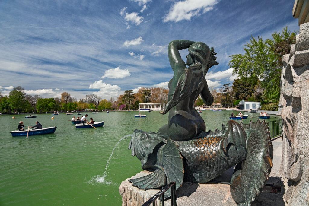 A mermaid fountain at El Retiro Park.