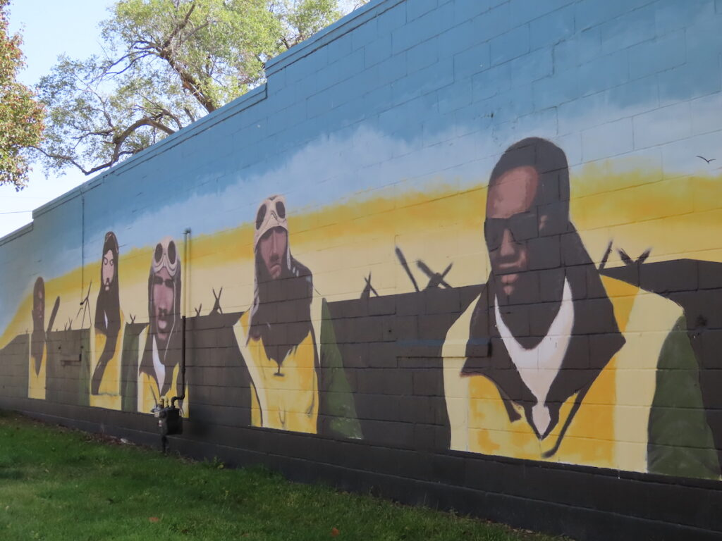 A mural in honor of the Tuskegee Airmen in Omaha.
