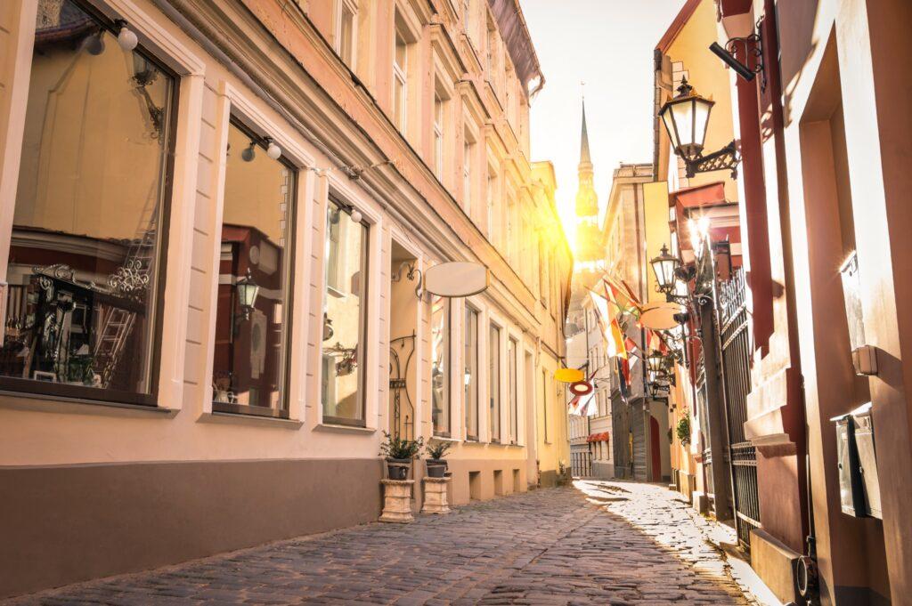 A narrow cobblestone street in Riga.