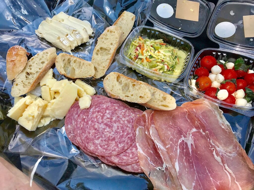 A picnic meal from The Buzz in Kenosha, Wisconsin.