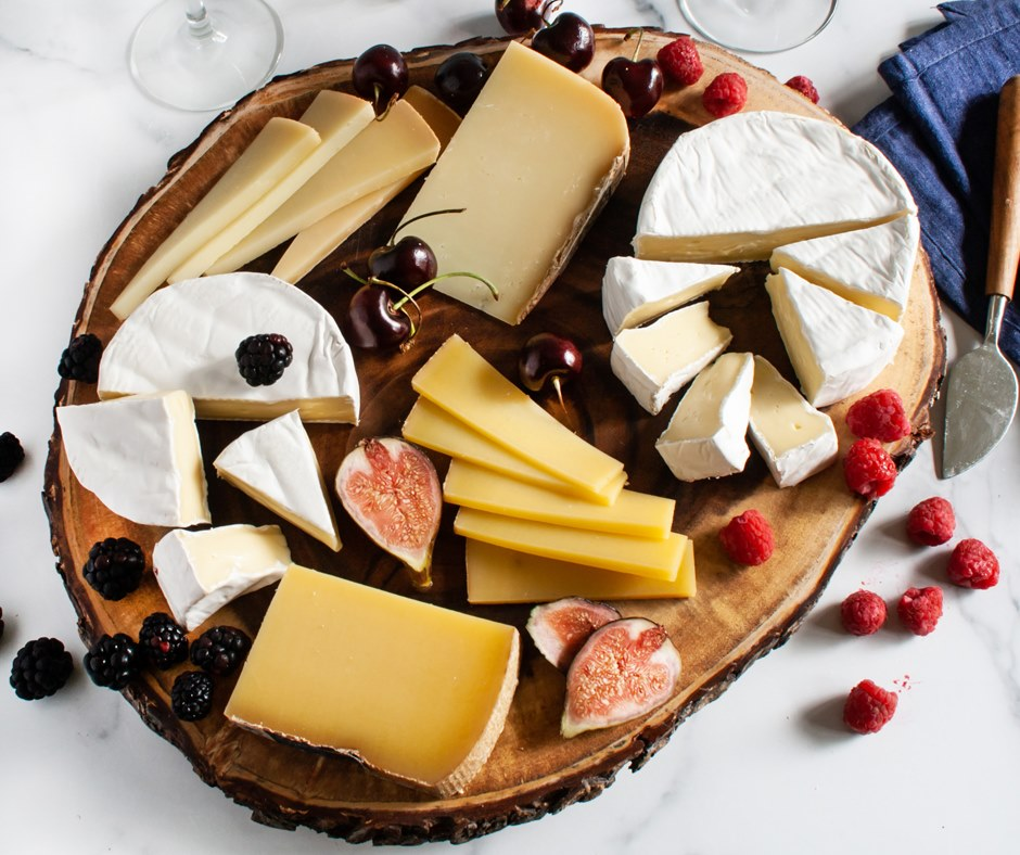 A plate of cheeses from iGourmet.