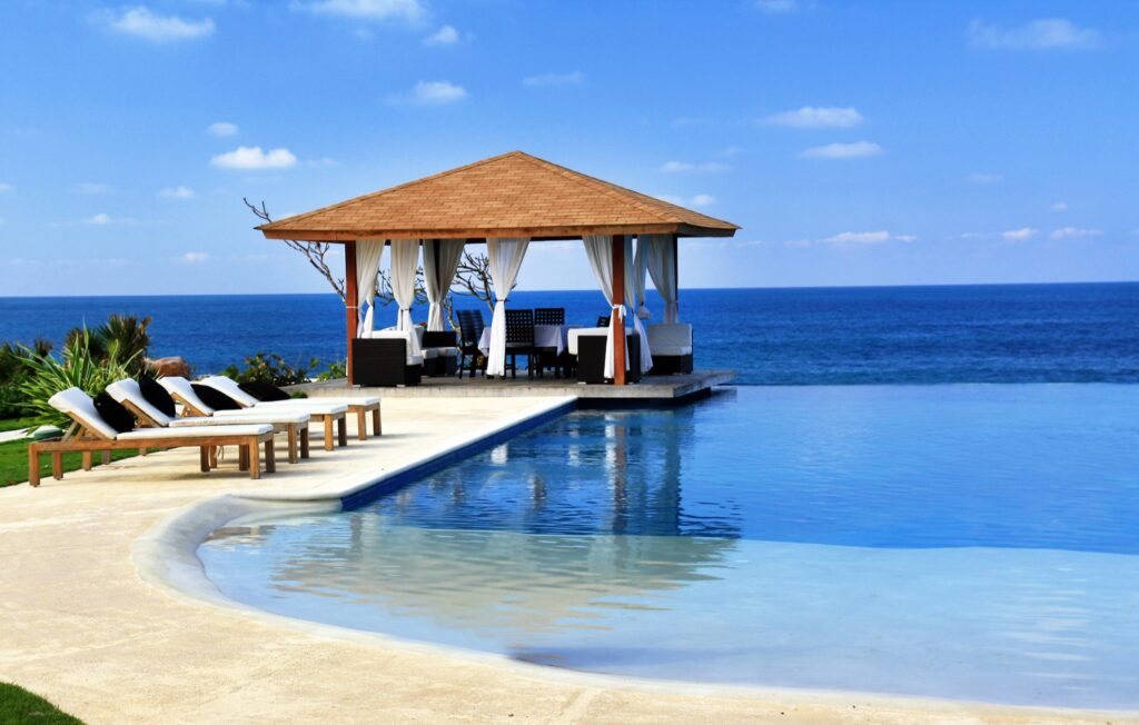 A relaxing beach scene in the Caribbean.