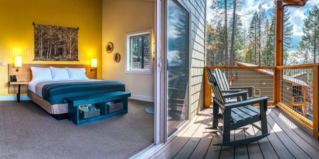 A room at Rush Creek Lodge near Yosemite.