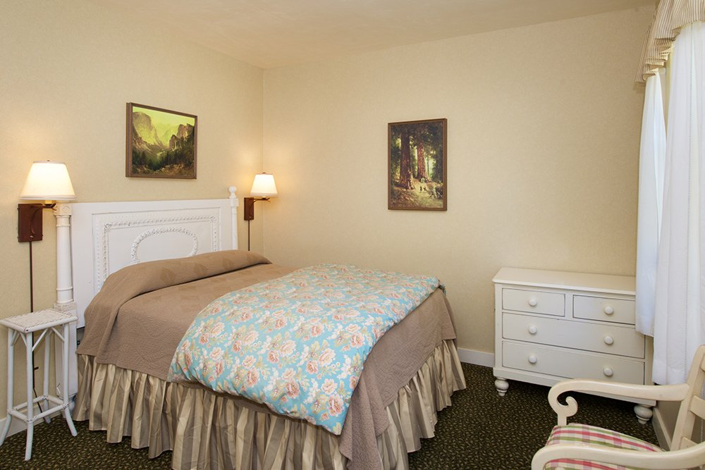 A room at the Wawanoa Hotel in Yosemite.