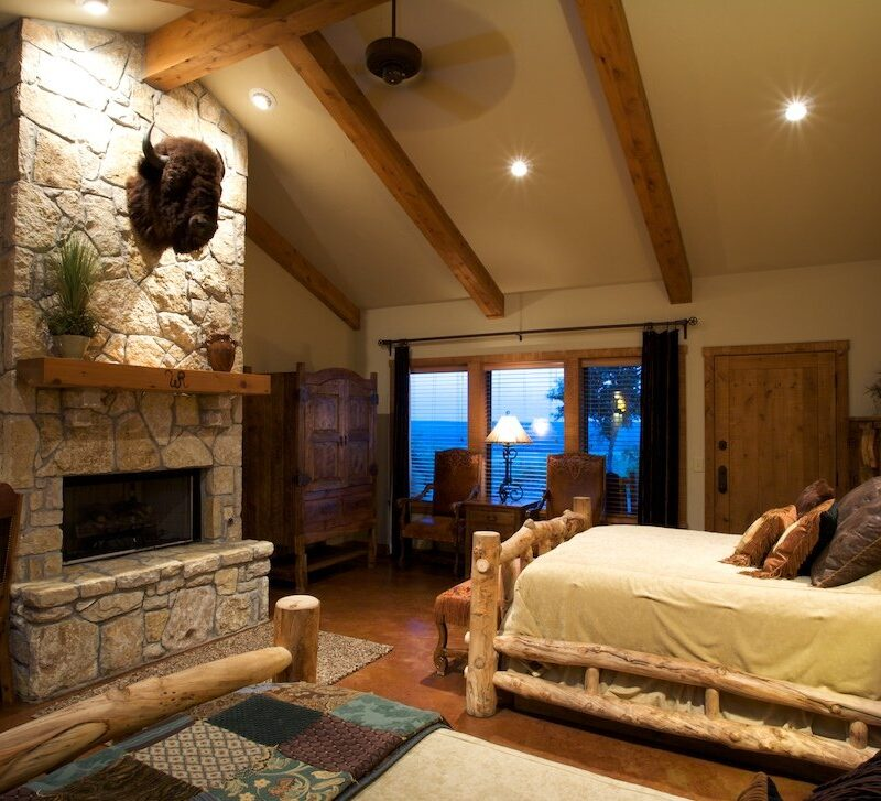 A room at Wildcatter Ranch in Graham, Texas.