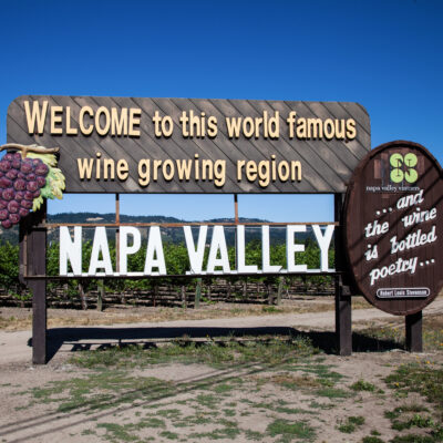 A sign at the entrance to Napa Valley in California.