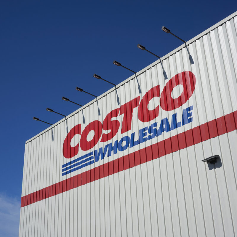 A sign for Costco.