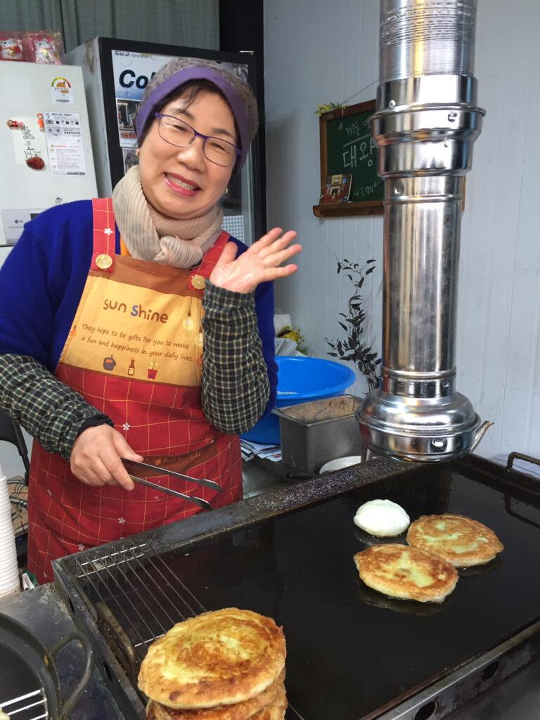A street food vendor in Seoul.