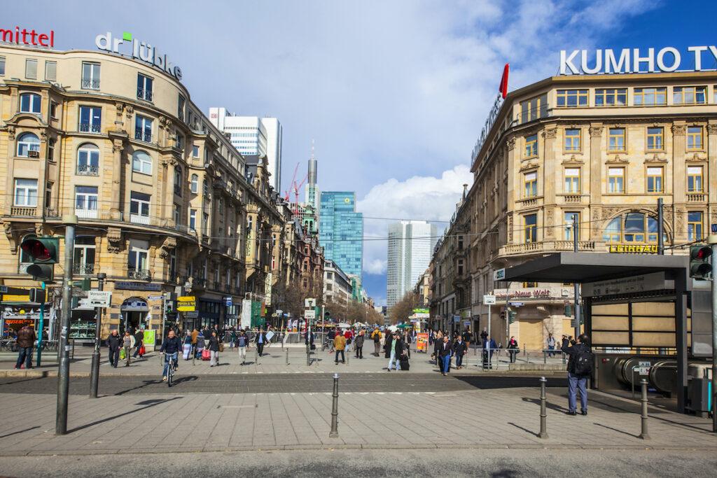 A street full of shops in Frankfurt, Germany.