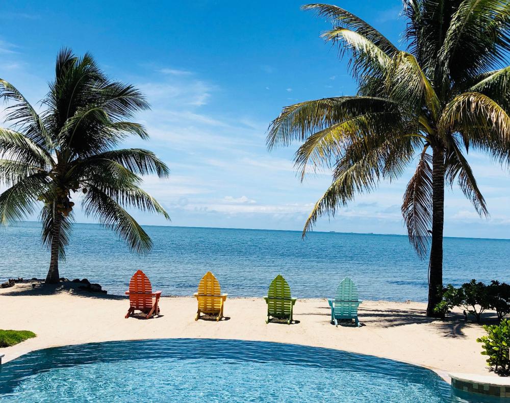 A sunny summer beach day at Sirenian Bay Resort.