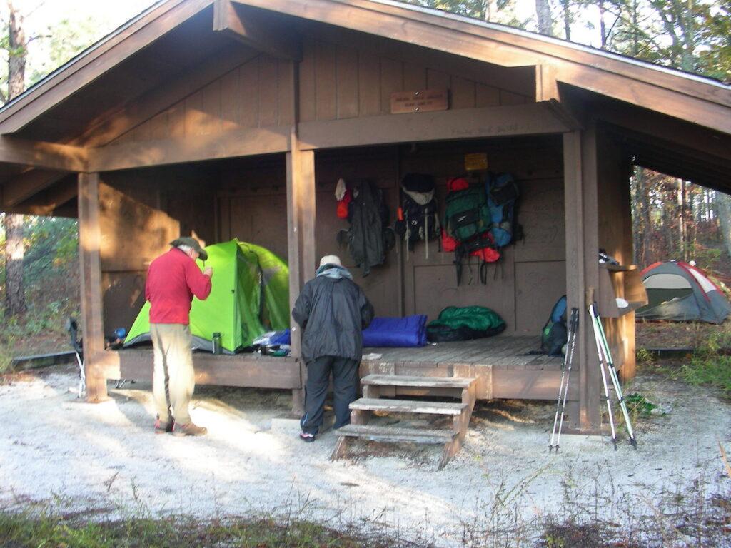 A trail shelter along the Pinhoti Trail in Alabama.