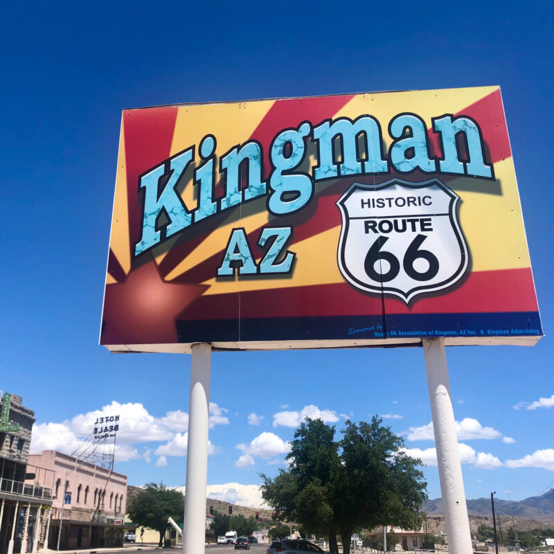 A welcome sign in Kingman, Arizona.