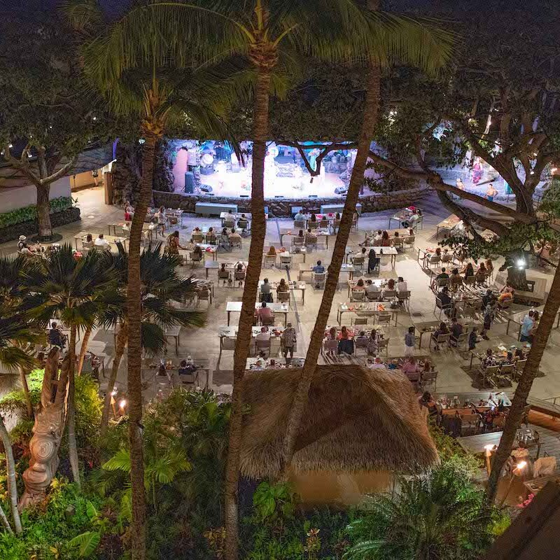 A wide-angle view of a luau at Hyatt Regency Maui Resort and Spa.