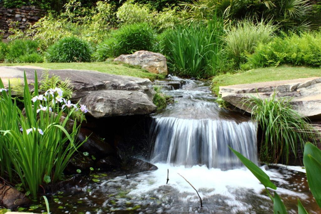 Aldrige Gardens, Hoover.