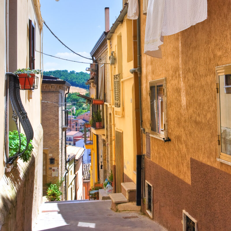An alleyway in the quaint Italian town of Biccari.