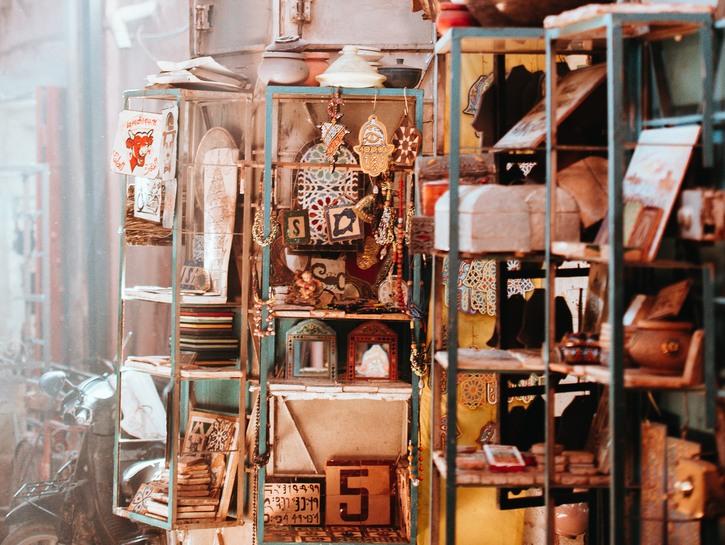 Arab marketplace shelf