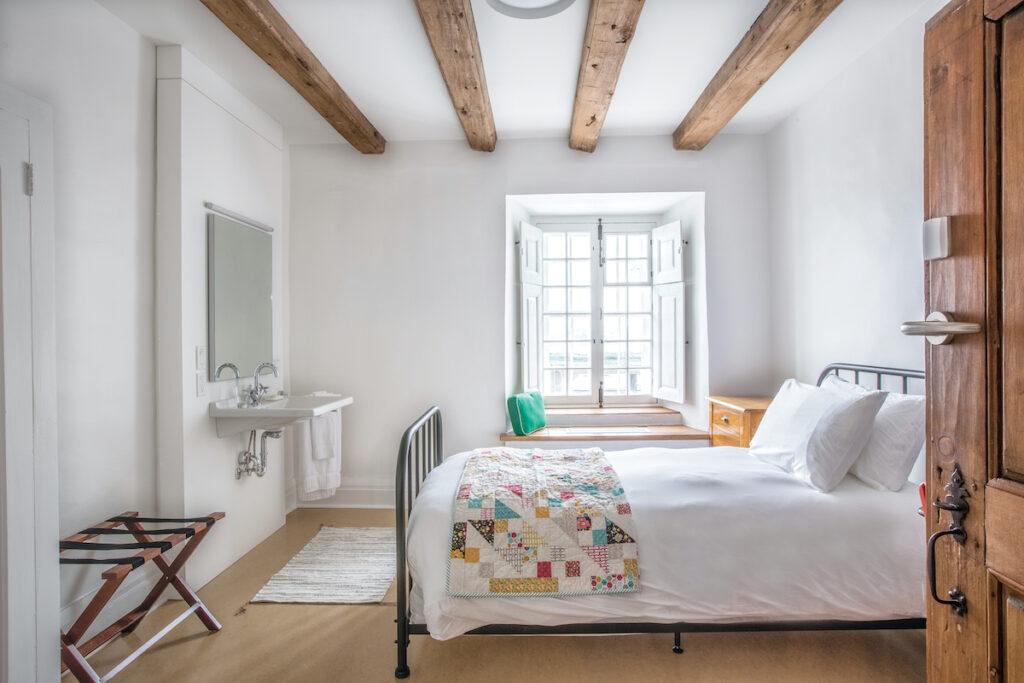 Authentic room, Les Monastere Des Augustines.