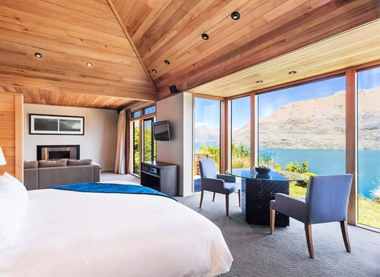 Azur Lodge is a favorite hotel on south island in new zealand