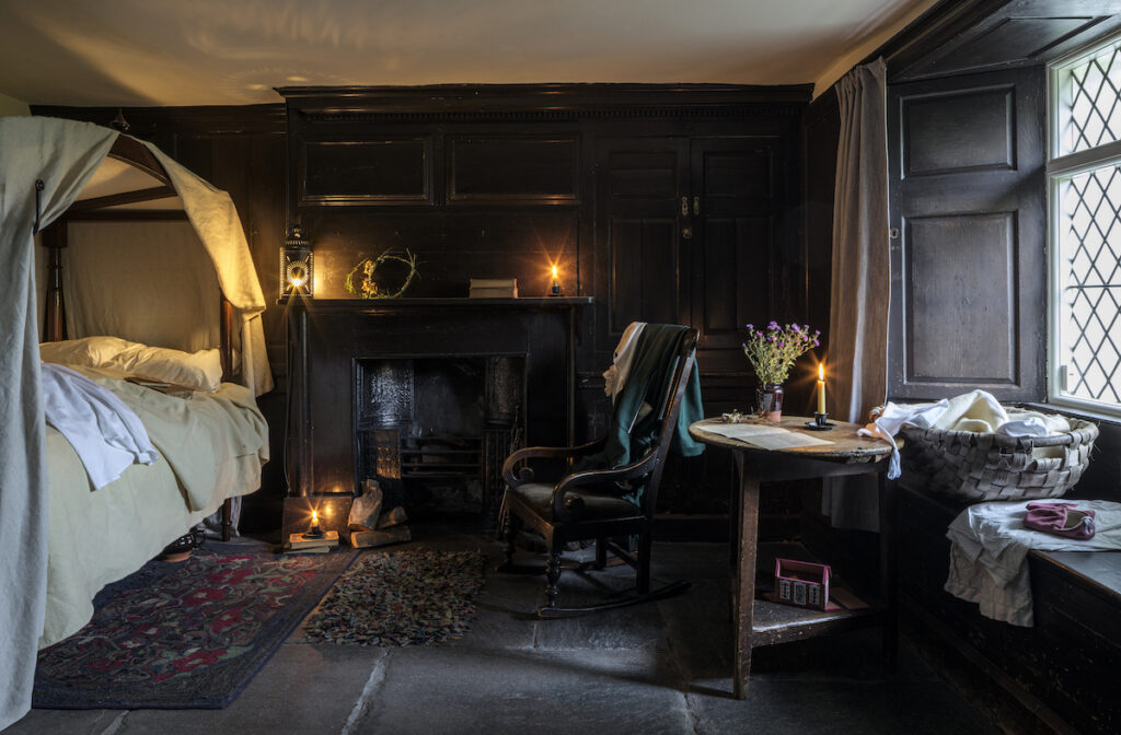 Bedroom in Dove Cottage.