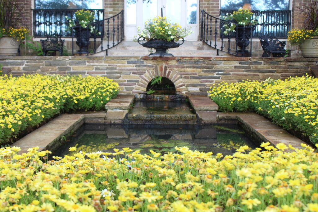 Bellingrath Gardens, Mobile.