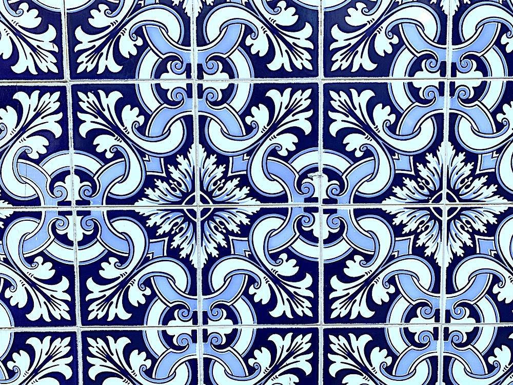Blue tiles in Aveiro.
