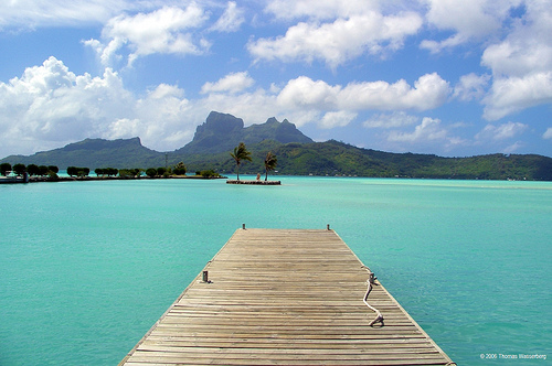 bora bora turquoise water dock