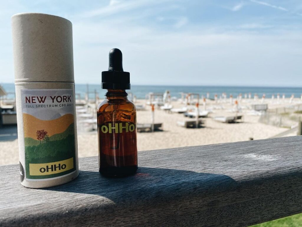 CBD oil from oHHo.