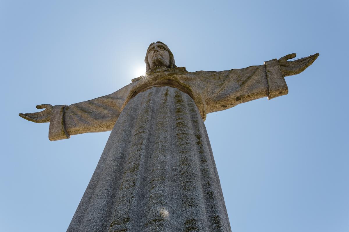 Christo Rei monument