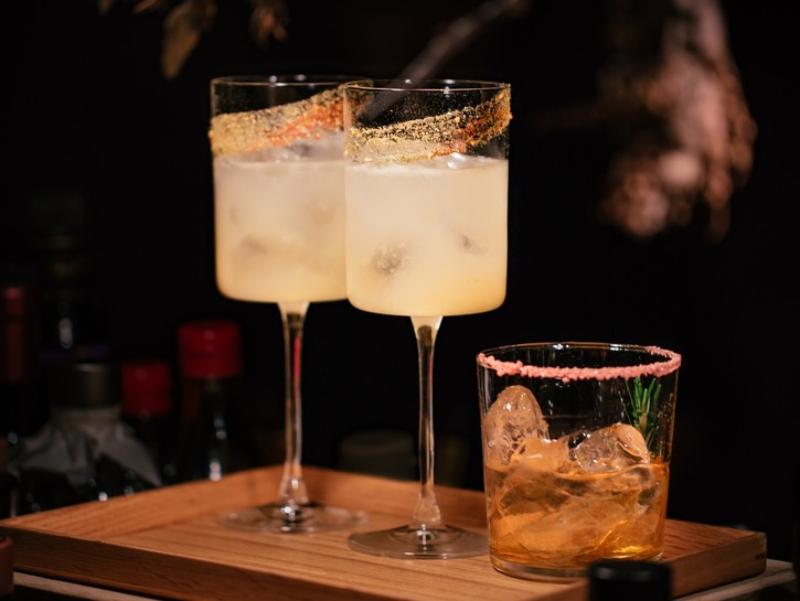 Cocktail, alcoholic drink, bar