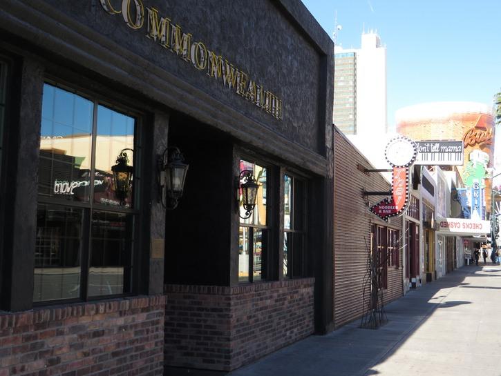 Commonwealth, Las Vegas