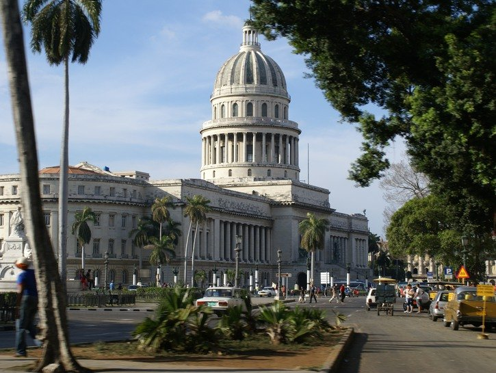 Cuba's Capitol building, seen across busy boulevard