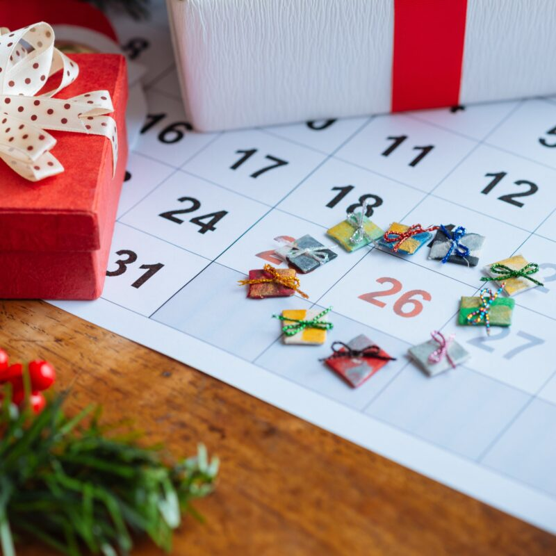 Decorations marking the date of Boxing Day on a calendar.