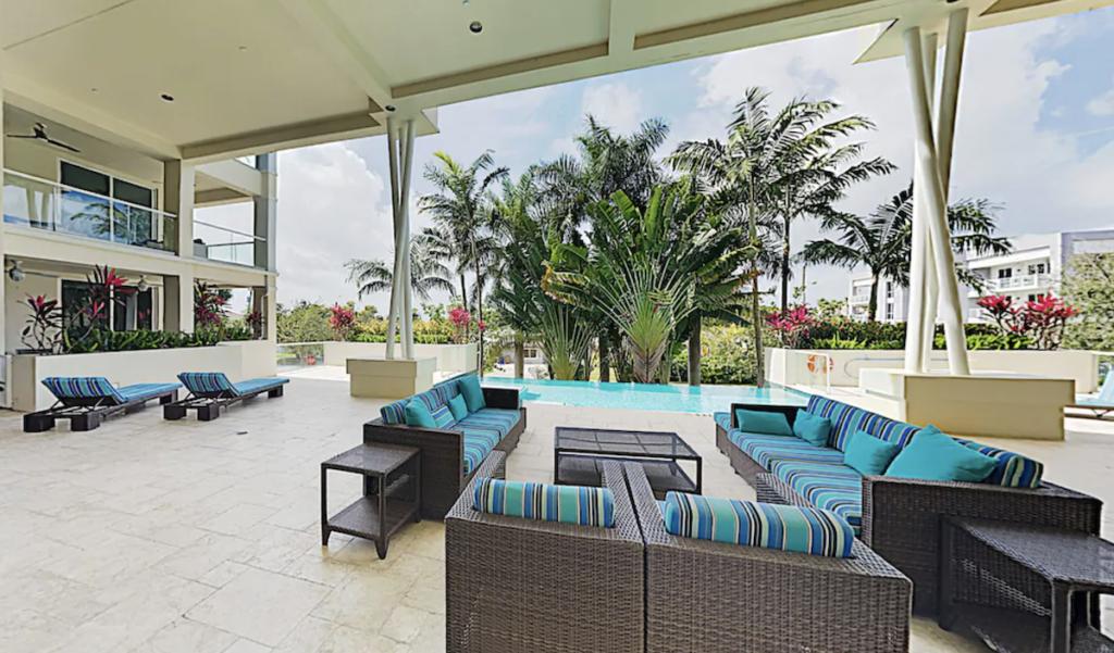 Designer all-suite-beach condo.