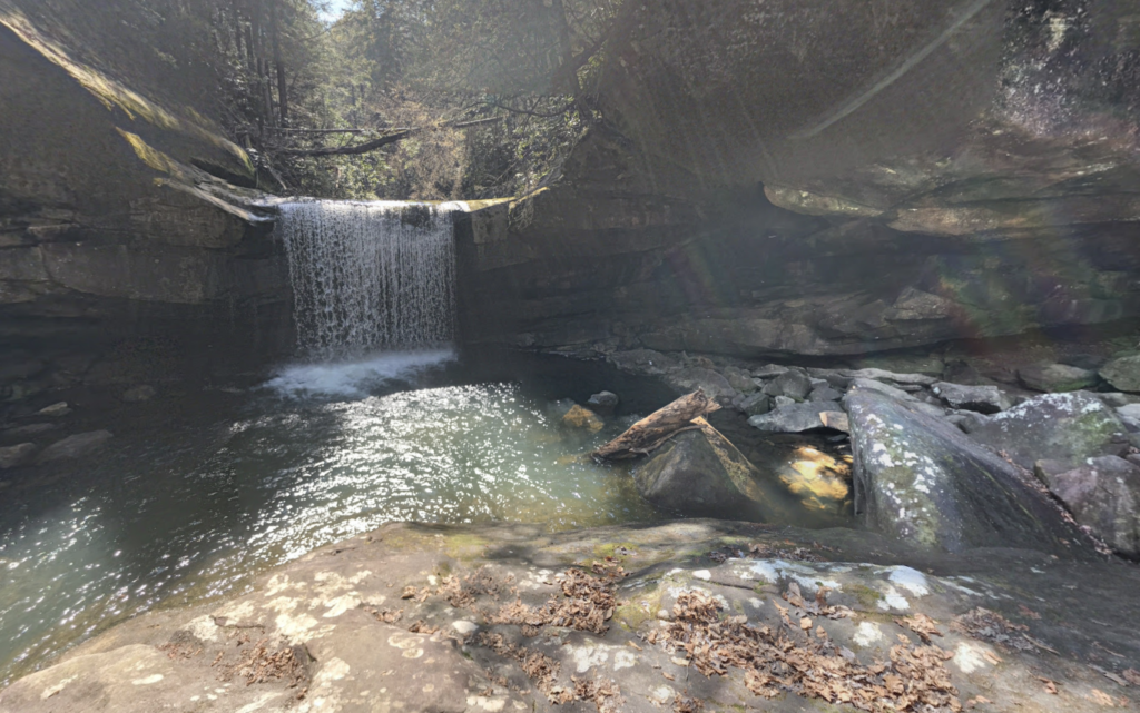 Dog Slaughter Falls in Cumberland Falls State Park.