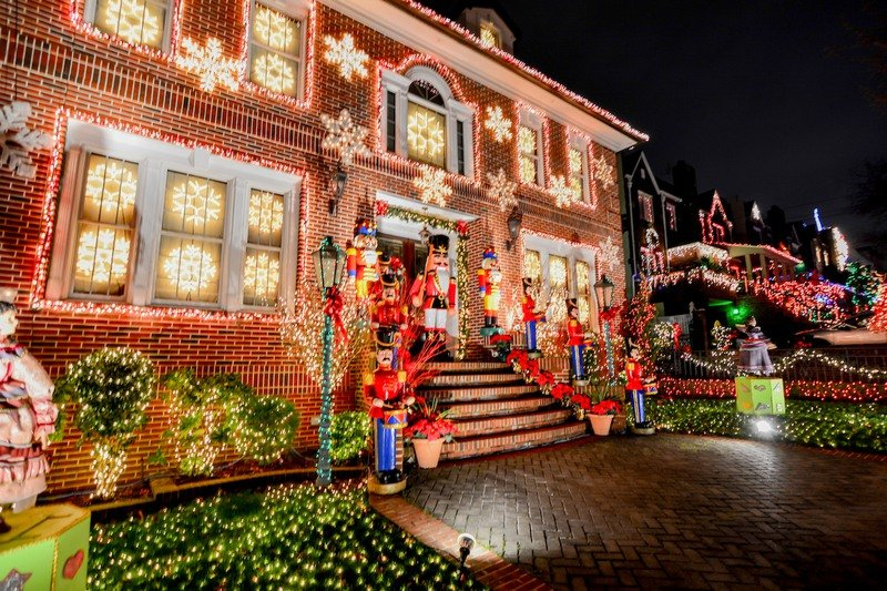 Dyker Heights in Brooklyn, NY Christmas light display