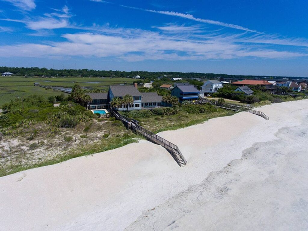 Estate (With Private Pool) In Pawleys Island