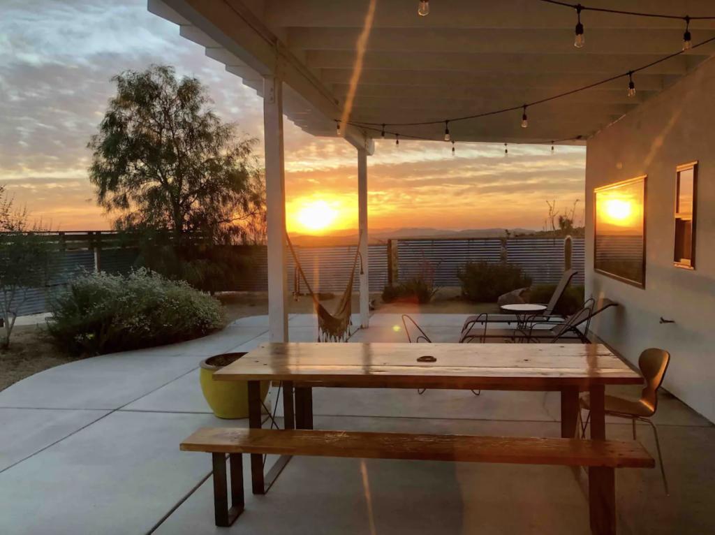 Exterior of Flamingo Rocks Airbnb in California.