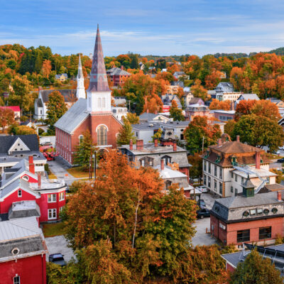 Fall foliage in the quaint town of Montpelier, Vermont.