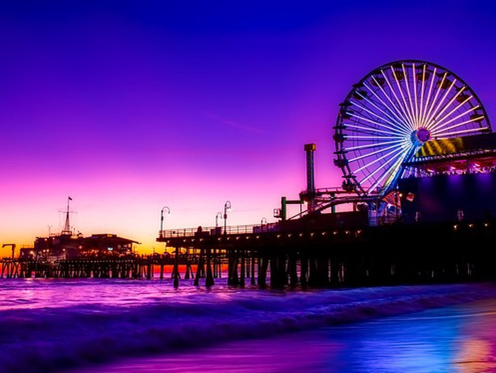 Ferris wheel and Santa Monica pier at sundown