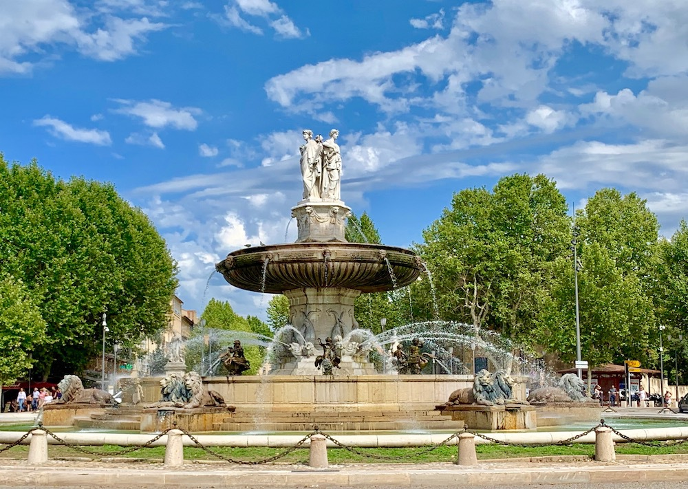 Fountain in downtown Aix-En-Provence