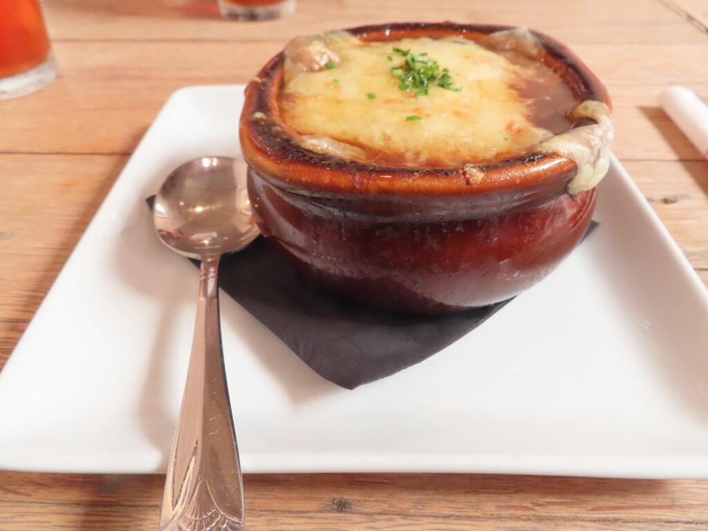 French onion soup from Etats-Unis in Carmel.