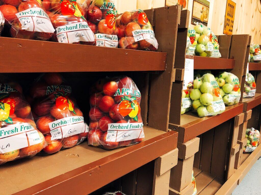 Fresh apples at Reisinger's Apple Country.