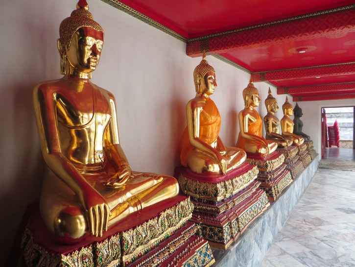 Golden statues of the Buddha, Thailand
