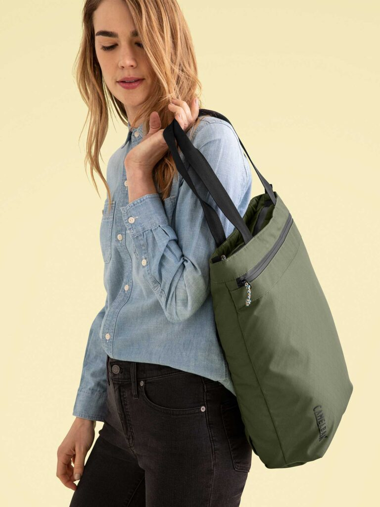 green Camelbak pivot tote bag
