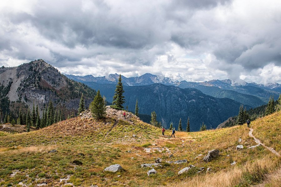 Hikers on the Pacific Crest Trail in Chinook Pass.