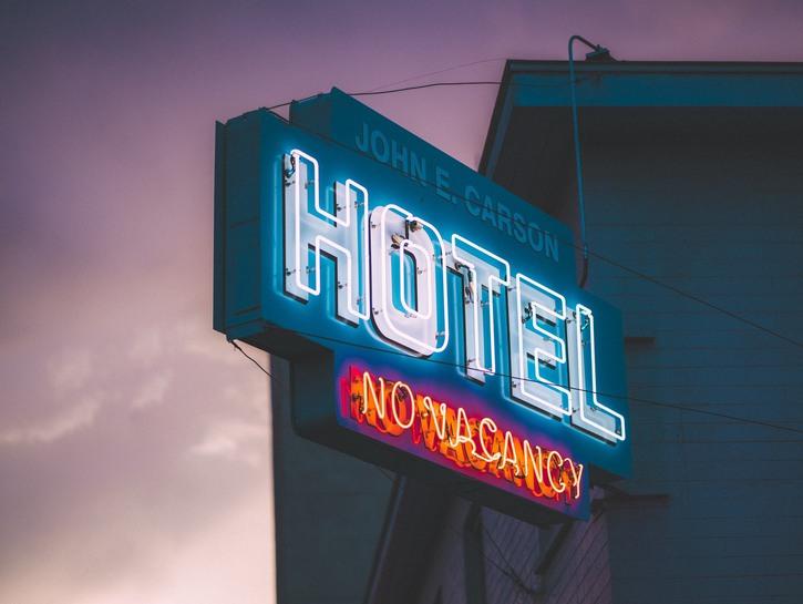 Hotel no vacancy sign